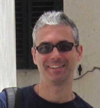 Dr. Bogdan Carbunar :